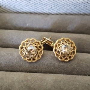 Chloe +Isabel Gold Leverback Earrings